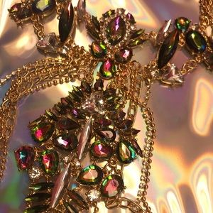 harness crystal rhinestone necklace iridescent